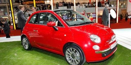 Motor vehicle, Wheel, Tire, Automotive design, Vehicle, Alloy wheel, Car, Automotive wheel system, Automotive mirror, Rim,