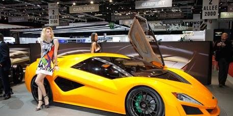 Clothing, Automotive design, Mode of transport, Vehicle, Yellow, Land vehicle, Performance car, Car, Supercar, Sports car,