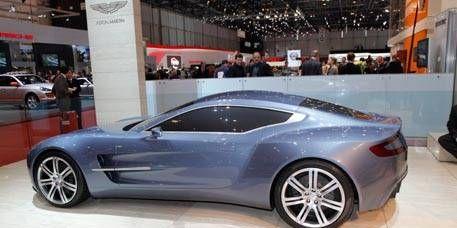 Tire, Wheel, Mode of transport, Automotive design, Vehicle, Land vehicle, Car, Alloy wheel, Rim, White,