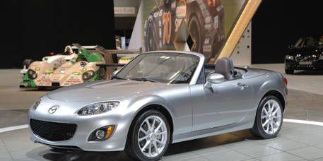 Tire, Motor vehicle, Wheel, Mode of transport, Automotive design, Vehicle, Transport, Car, Alloy wheel, Performance car,