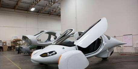 Mode of transport, Automotive design, Product, Floor, White, Flooring, Automotive tire, Wall, Light, Airplane,