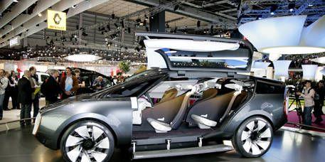 Tire, Wheel, Motor vehicle, Automotive design, Vehicle, Land vehicle, Alloy wheel, Automotive wheel system, Rim, Transport,