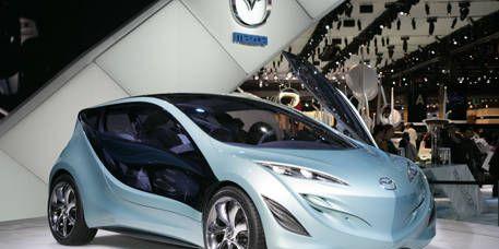 Motor vehicle, Wheel, Mode of transport, Automotive design, Transport, Vehicle, Land vehicle, Car, Automotive mirror, Vehicle door,