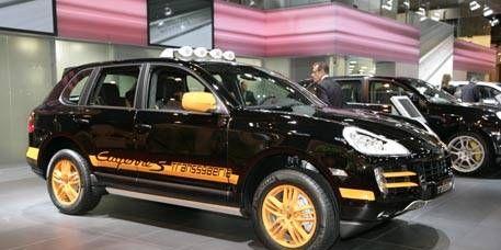 Tire, Wheel, Motor vehicle, Vehicle, Automotive design, Automotive tire, Car, Rim, Alloy wheel, Technology,