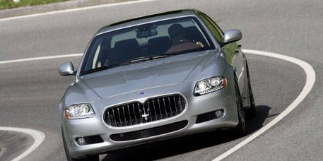 Road, Mode of transport, Automotive design, Vehicle, Hood, Land vehicle, Asphalt, Grille, Infrastructure, Car,