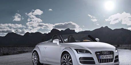 Mode of transport, Automotive design, Nature, Sky, Automotive mirror, Vehicle, Transport, Cloud, Hood, Photograph,