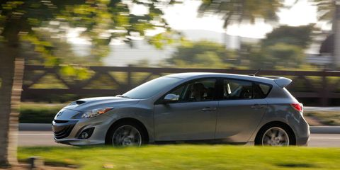 Tire, Wheel, Automotive design, Vehicle, Car, Hatchback, Alloy wheel, Rim, Mid-size car, Headlamp,