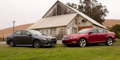 Tire, Wheel, Alloy wheel, Vehicle, Land vehicle, Rim, Car, Spoke, Full-size car, Mid-size car,