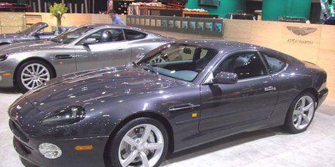 Tire, Wheel, Automotive design, Automotive tire, Vehicle, Land vehicle, Rim, Automotive wheel system, Car, Performance car,