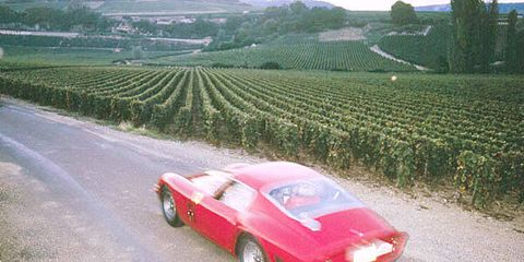 Tire, Wheel, Vehicle, Land vehicle, Farm, Automotive design, Agriculture, Classic car, Car, Field,