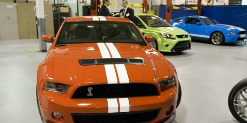 Motor vehicle, Automotive design, Vehicle, Hood, Grille, Headlamp, Car, Alloy wheel, Automotive tire, Bumper,