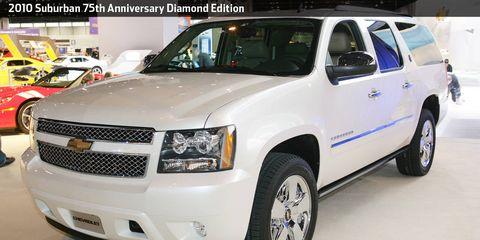 Tire, Wheel, Motor vehicle, Automotive mirror, Automotive tire, Mode of transport, Vehicle, Automotive design, Product, Land vehicle,