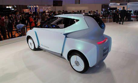 Nissan Land Glider Concept Video Clip
