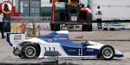Tire, Wheel, Automotive design, Automotive tire, Mode of transport, Vehicle, Automotive wheel system, Car, Motorsport, Race car,