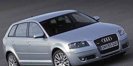 Tire, Motor vehicle, Wheel, Mode of transport, Automotive design, Product, Vehicle, Automotive mirror, Transport, Land vehicle,