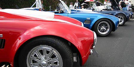 Tire, Wheel, Automotive tire, Vehicle, Automotive wheel system, Alloy wheel, Land vehicle, Automotive design, Rim, Classic car,