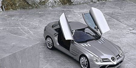 Mode of transport, Automotive design, Automotive mirror, Hood, Car, Rim, Alloy wheel, Automotive wheel system, Automotive tire, Performance car,
