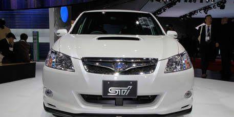 Motor vehicle, Mode of transport, Product, Vehicle, Event, Glass, Automotive design, Car, Transport, Grille,