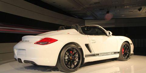 Tire, Wheel, Automotive design, Vehicle, Alloy wheel, Car, Performance car, Rim, Automotive wheel system, Personal luxury car,