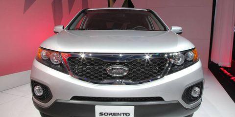Product, Vehicle, Automotive lighting, Automotive exterior, Automotive design, Grille, Glass, Car, Headlamp, Technology,