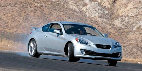 Tire, Wheel, Automotive design, Mode of transport, Vehicle, Transport, Land vehicle, Car, Rim, Automotive mirror,