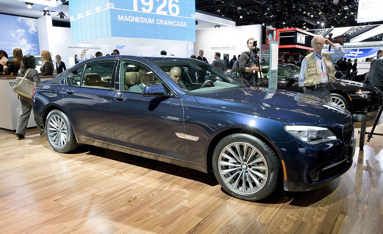 Photos 2011 Bmw 740i And 740li Review