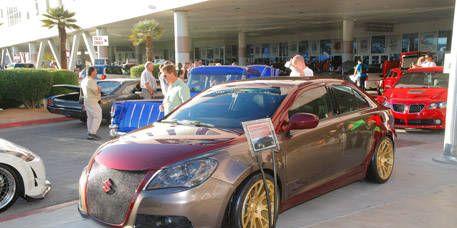 Wheel, Tire, Motor vehicle, Mode of transport, Land vehicle, Vehicle, Automotive design, Car, Fender, Automotive parking light,