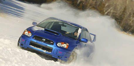 Automotive design, Land vehicle, Vehicle, Hood, Car, Motorsport, Automotive exterior, Headlamp, Rallying, Automotive lighting,
