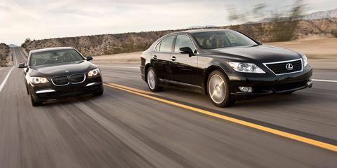 Tire, Mode of transport, Automotive design, Vehicle, Land vehicle, Car, Rim, Personal luxury car, Automotive lighting, Alloy wheel,