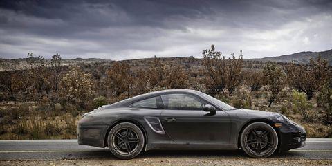 Tire, Wheel, Automotive design, Alloy wheel, Vehicle, Land vehicle, Rim, Spoke, Car, Performance car,