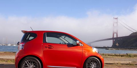Tire, Motor vehicle, Wheel, Automotive design, Vehicle, Automotive wheel system, Car, Scion iq, Alloy wheel, Hatchback,