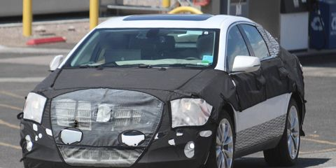 Mode of transport, Automotive design, Vehicle, Land vehicle, Car, Automotive tire, Rim, Automotive mirror, Alloy wheel, Fender,