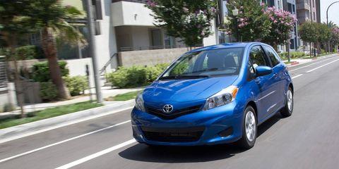 Motor vehicle, Mode of transport, Automotive design, Road, Daytime, Vehicle, Land vehicle, Transport, Car, Headlamp,