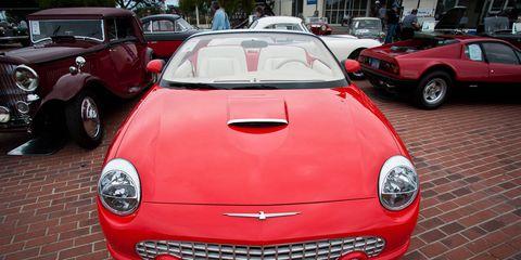 Motor vehicle, Mode of transport, Automotive design, Vehicle, Land vehicle, Red, Vehicle registration plate, Car, Hood, Automotive parking light,