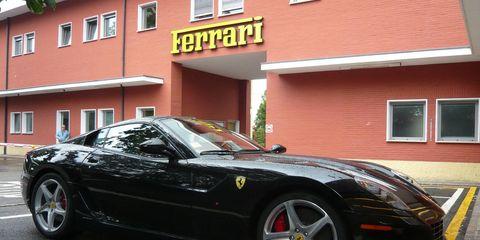 Tire, Wheel, Automotive design, Window, Alloy wheel, Vehicle, Rim, Spoke, Performance car, Automotive parking light,