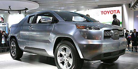 Tire, Wheel, Motor vehicle, Automotive design, Product, Vehicle, Land vehicle, Automotive tire, Car, Automotive wheel system,