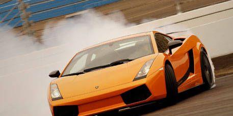 Tire, Mode of transport, Automotive design, Transport, Vehicle, Automotive exterior, Land vehicle, Headlamp, Hood, Car,