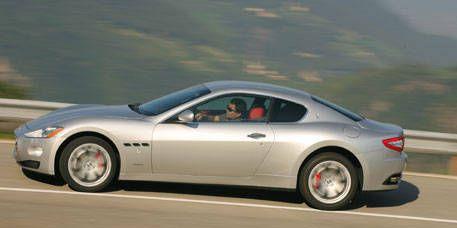 Tire, Wheel, Mode of transport, Automotive design, Vehicle, Rim, Alloy wheel, Infrastructure, Car, Road,