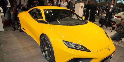 Automotive design, Yellow, Vehicle, Event, Transport, Car, Performance car, Supercar, Fender, Sports car,