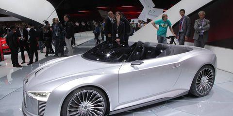 Tire, Wheel, Automotive design, Vehicle, Land vehicle, Event, Car, Personal luxury car, Auto show, Exhibition,