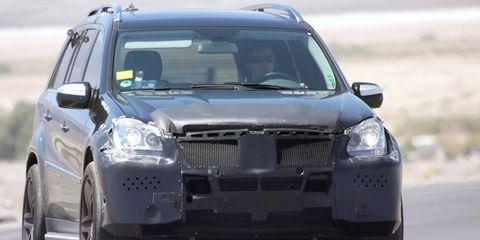 Motor vehicle, Automotive design, Automotive exterior, Vehicle, Land vehicle, Automotive tire, Grille, Car, Hood, Rim,