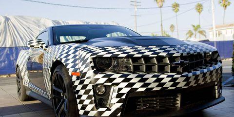 Motor vehicle, Tire, Automotive design, Automotive exterior, Automotive tire, Vehicle, Rim, Automotive lighting, Car, Grille,