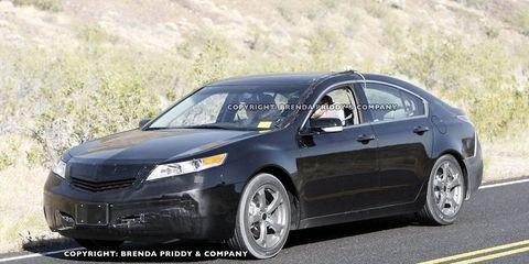 Tire, Wheel, Vehicle, Car, Rim, Alloy wheel, Mid-size car, Automotive tire, Fender, Technology,