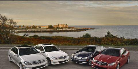 Tire, Wheel, Automotive design, Vehicle, Land vehicle, Automotive mirror, Coastal and oceanic landforms, Alloy wheel, Car, Grille,