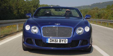 Road, Automotive design, Vehicle, Grille, Bentley, Car, Road surface, Hood, Headlamp, Asphalt,
