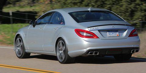 Tire, Automotive design, Vehicle, Automotive tire, Rim, Alloy wheel, Fender, Automotive wheel system, Personal luxury car, Mid-size car,