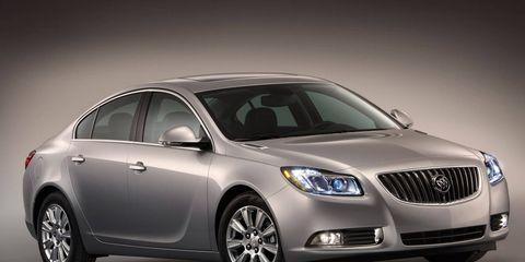 Motor vehicle, Tire, Mode of transport, Automotive design, Vehicle, Product, Land vehicle, Automotive lighting, Glass, Transport,