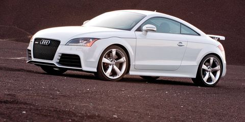 Tire, Wheel, Automotive design, Vehicle, Alloy wheel, Rim, Car, Grille, Automotive lighting, Personal luxury car,