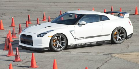 Tire, Wheel, Automotive design, Automotive tire, Vehicle, Cone, Hood, Rim, Automotive wheel system, Car,