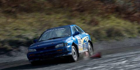 Tire, Wheel, Automotive design, Vehicle, Motorsport, Land vehicle, Hood, Car, Rallying, Racing,